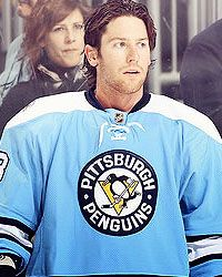James Neal, will you marry me? A man who plays hockey AND is gorgeous. My favorite winter sport!!!