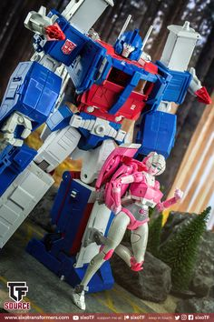 Keep In Touch, Keep On, Transformers Masterpiece
