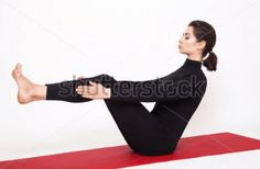 Practice These 10 Yoga Poses to Help Get Rid of Belly Fat! Lose Belly Fat, Stubborn Belly Fat, Loose Belly, Workout To Lose Weight Fast, Easy Yoga Poses, Yoga Positions, Health Trends, Yoga Moves, Back Muscles