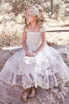 Layers Of Beautiful Champagne Lace Or Ivory Lace French Trim Lace Tiers Elegant Cap Sleeves Dress Is Lined Thru Every Tier But Last, If You Feel