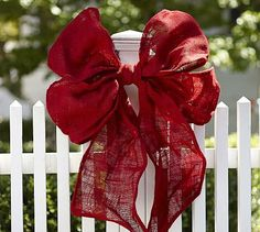 Add holiday cheer to your home with Pottery Barn's Christmas decorations, ornaments and lights. Pottery Barn has everything you need to put you in the Christmas spirit. Christmas Bows, Christmas Holidays, Christmas Ornaments, Christmas Ideas, Holiday Ideas, Burlap Christmas, Merry Christmas, Cabin Christmas, Disney Christmas