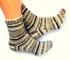 #Knittedsocks Wool #socks 3Handknitted Warm socks from Sock yarn Winter socks Unisex winter socks Beige gray white brown Striped socks Gift