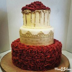 wedding cakes maroon 61 ideas for wedding cakes maroon bridal shower cakes maroon Big Wedding Cakes, Wedding Cakes With Cupcakes, Burgundy Wedding Cake, Maroon Wedding, Quinceanera Decorations, Quinceanera Party, Cakes For Quinceanera, Quince Cakes, Quince Decorations