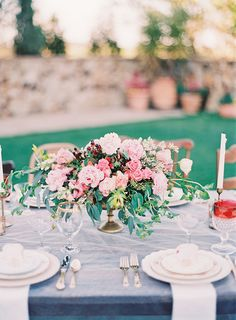 Gorgeous pink table flowers