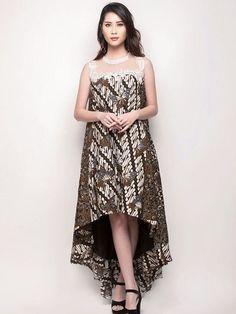 Source by hinukartopati batik Model Dress Batik, Batik Dress, Dress Brokat Muslim, Batik Fashion, Women's Fashion, Fashion Sewing, Dress Batik Kombinasi, Maternity Fashion, Maternity Skirts