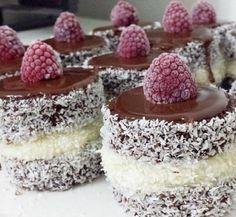 En çok tercih edilen pastalardan biridir İmam Sarığı. Yapımı için tariften yararlanabilirsiniz.