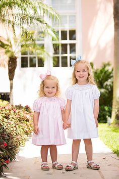 Sandy Smocked Dress - Plantation Pink with Flower and Bow Scalloped Sm | The Beaufort Bonnet Company