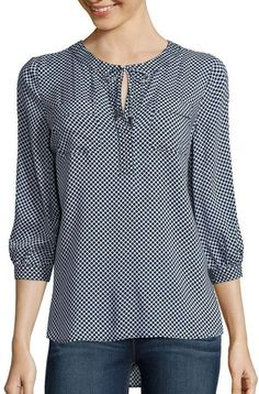 blusas plus size Blouse Styles, Blouse Designs, Indian Designer Wear, Mode Style, Fashion Dresses, Tunic Tops, Clothes For Women, Sleeves, Outfits