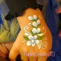 Face painting flowers