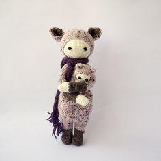 KIRA the kangaroo made by Desislava / crochet pattern by lalylala