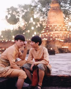 Off Jumpol ( & Gun Atthaphan ( × cr. to the owner Hot Actors, Actors & Actresses, Theory Of Love, Cute Gay Couples, Thai Drama, Sweet Couple, Celebs, Celebrities, Thailand