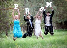 Fun and creative prom pictures Group Prom Pictures
