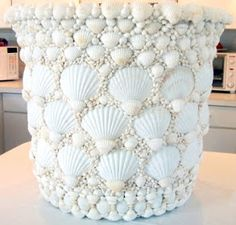 Completely Coastal Living: Decorative Seashell Crafts Ideas