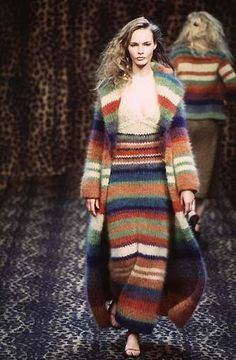 I'd sweat my balls off in this thing, but it looks so soft and cozy! I'd sweat my balls off in this thing, but it looks so soft and cozy! Knitwear Fashion, Crochet Fashion, Knit Cardigan, Knit Dress, Knit Skirt, Jumper, Boho Fashion, Winter Fashion, Vintage Mode