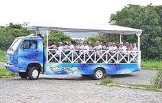 PASSEAR DE TROLLEY #7 de 8 Programas Clássicos em Búzios ( 1 dica ) O passeio, feito em um caminhão aberto, dura duas horas e circula por 12 praias e dois mirantes. Há três saídas por dia, da Orla Bardot.