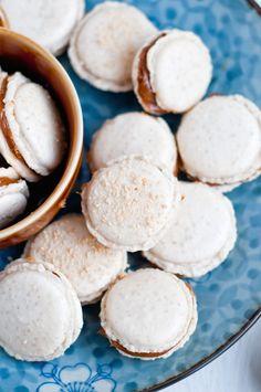 Dulce de Leche Macaron Recipe #glutenfree