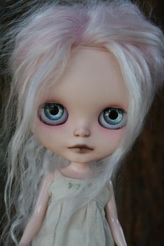 Zaloa's Studio: Taking offers on new Zaloa Custom Blythe Doll