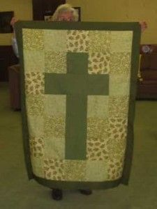 prayer quilt - embroider or write a personal prayer in the cross, or on each of the squares-need one of these!!!!!!!