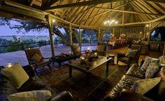 Traum Lodge mit Blick auf die unendlichen Weiten der Steppe Botswanas Lodges, Public, Infinity, Cabins