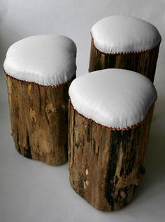stump stools with outdoor fabric covers for outdoor seating Log Stools, Log Chairs, Rustic Stools, Dining Chairs, Camp Chairs, Kitchen Chairs, Rustic Wood, Wood Crafts, Diy Crafts
