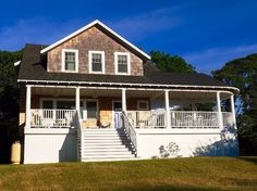 Newly Renovated with Fabulous ocean views in Oak Bluffs