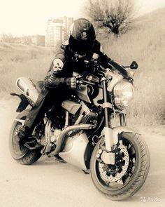 Yamaha MT-01 Motorcycle Style, Custom Bikes, Cars And Motorcycles, Yamaha, Vehicles, Legends, Racing, Sports, Motorcycles