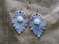 Hypoallergenic vintage lace earrings  Fleur de lis by iludesigns, $22.00