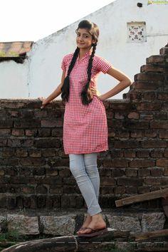 Telugu Actress Summiyya Mohammed (HD) Prema Janta Stills Beautiful Girl In India, Beautiful Girl Photo, Beautiful Indian Actress, Beautiful Saree, Beautiful Women, Sweet Girl Pic, Dehati Girl Photo, Indian Girl Bikini, Indian Girls Images
