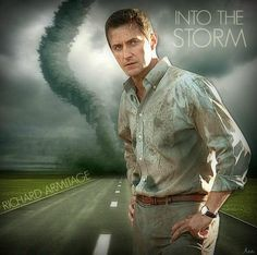 Richard Armitage as Gary Fuller in Into the Storm (2014)