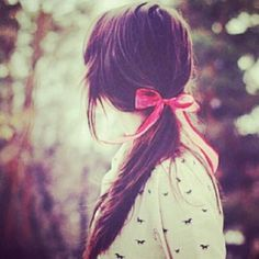 Fall shirt with bow in hair Cute Girl Pic, Stylish Girl Pic, Cute Girls, Cool Girl, Girl Photo Poses, Girl Photos, Girly Dp, I Like Your Hair, Profile Picture For Girls