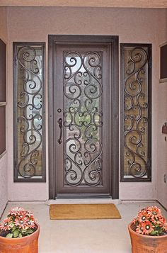 ideas iron door design ideas house for 2019 Front Door Entryway, Iron Front Door, Iron Doors, Entry Doors, Garage Entry, Main Door Design, Front Door Design, Gate Design, House Design
