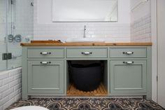 ארון אמבטיה - Google Search