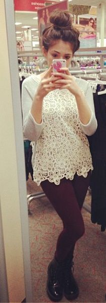 Bethany Mota in lace sweater Ahh I love her ! And I really like this outfit
