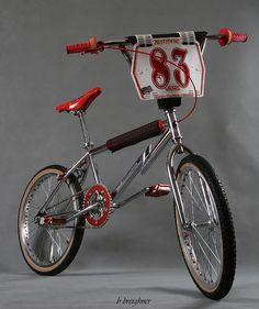 1983 CW Phaze Photo taken a few days before it was shipped to Australia. Vintage Bmx Bikes, Retro Bicycle, Old Bikes, Fox Racing Logo, Bmx Racing, Bmx Cycles, Bmx Cruiser, Best Bmx, Bmx Girl