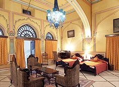 #HotelNarainNiwas offers 37 air-conditioned rooms which includes 11 suites and 26 standard rooms with facilities such as attached washrooms, television, telephones, safety lockers and many more. Know more about our delightful room services and facilities @ http://bit.ly/1ORJ5eF #HeritageHotelinJaipur