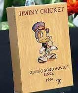 *JIMINEY CRICKET ~ Pinocchio, 1940 Cartoon Books, Cartoon Characters, Fictional Characters, Jiminy Cricket, Disney Figurines, Disney Art, Daddy, Comics, Tatt