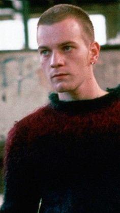 Ewan McGregor Renton Trainspotting, Ewan Mcgregor Trainspotting, Boys On Film, E Motion, Film Studies, Peaky Blinders, Hot Boys, Gossip Girl, Swagg