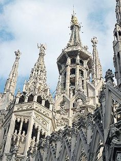 Duomo Cathedral, Milan, Italy - saw it, was absolutely breathtaking!