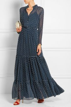 Saloni Alexia Swiss-dot chiffon maxi dressclose up Modest Fashion, Hijab Fashion, Fashion Dresses, Boho Fashion, Womens Fashion, 40s Fashion, Fashion Tips, Designer Clothes Sale, Discount Designer Clothes