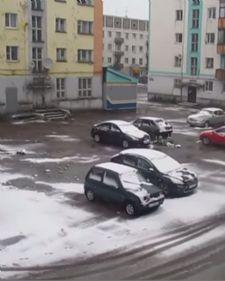 I dok veći deo zemalja u Evropi pokušava da pronađena način kako bi se rashladili na 35+, u ruskom graduVorkuta je temperatura došla na svega 1 stepen.