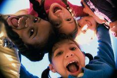 ♥♥♥  8 coisas que você aprendeu no Jardim de Infância que podem salvar seu casamento Manter um casamento feliz e saudável é uma tarefa árdua que nem todos os casais conseguem enfrentar numa boa. Preparamos umas dicas pra você que e... http://www.casareumbarato.com.br/8-coisas-que-voce-aprendeu-no-jardim-de-infancia-que-podem-salvar-seu-casamento/