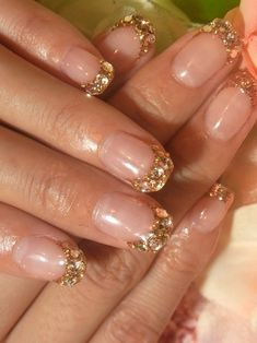 Nails design gold glitter french tips 59 Ideas Glitter French Tips, French Tip Nail Art, Gold Tip Nails, Pink Nails, Sparkly Nails, Holiday Nails, Christmas Nails, Gold Nail Designs, Nails Design