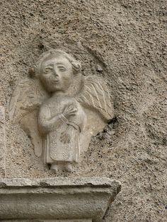 unusual little Angel Art Rupestre, Angel Artwork, Art Roman, Angel Sculpture, Angel Images, I Believe In Angels, Legends And Myths, Cemetery Art, Angels Among Us
