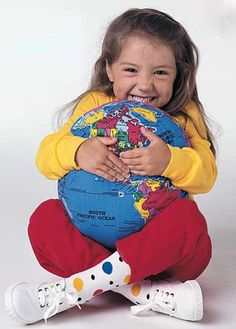 Designed to be fun, hugged and used as a educational resource. The original Hugg-A-Planet Classic is an inspiration for geo-learning. The perfect gift for new moms. A great gift birthday gift! Earth's Spheres, Unique Kids Toys, Toys For Tots, Traditional Toys, Inspired Learning, World Geography, Gifts For New Moms, Teaching Tools, Teaching Aids