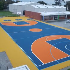 Our friends at have been working hard on this court at Newhaven Primary School using our Supersoft system. Green Roof System, Newhaven, Roofing Systems, Working Hard, Primary School, Melbourne, Construction, Australia, Friends
