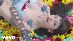 Music video by Mon Laferte performing Amárrame. -- so this is the video that made me say fuck it... lets do this ... color all the way color until we die. lets drench Margot. Lets let color be another character in the story. also this totally has hints on Solange in there.