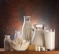 Milk Alternatives, Alternative Health, Back To School, Leche, Glass Of Milk, Middle, Stay Alone, Food Items, Get Well Soon