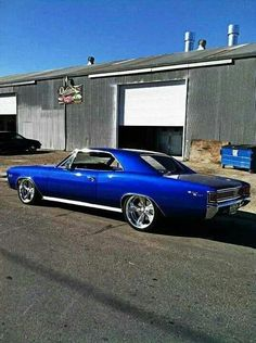 Gorgeous 1967 Chevelle.....want this!