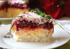"""Layered salad """"My General"""" Top Salad Recipe, Salad Recipes, Russian Recipes, Turkish Recipes, My Favorite Food, Favorite Recipes, Good Enough To Eat, Recipe For 4, Food And Drink"""