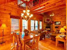 Asun Vacations Smoky Cozy, Sevierville TN Cabins and Vacation Rentals   RentTennesseeCabins.com